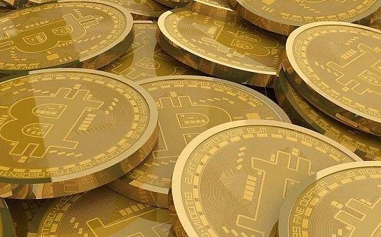 """""""币圈""""大咖:比特币半年内翻番 年底破2万美元"""