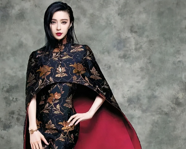 十位女明星中哪一位的旗袍装让你感到更为惊艳