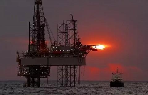 智得千金:3.26原油最新行情分析及操作建议,解套在线