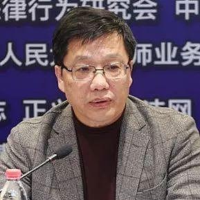 中国行为法学会副会长朱小黄