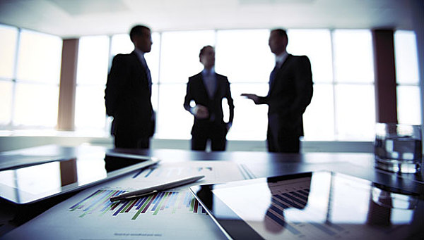 (ConsenSys的办公室主任和EEA董事会成员Jeremy Millar表示EEA计划在今年晚些时候为区块链发布一些通用标准。)