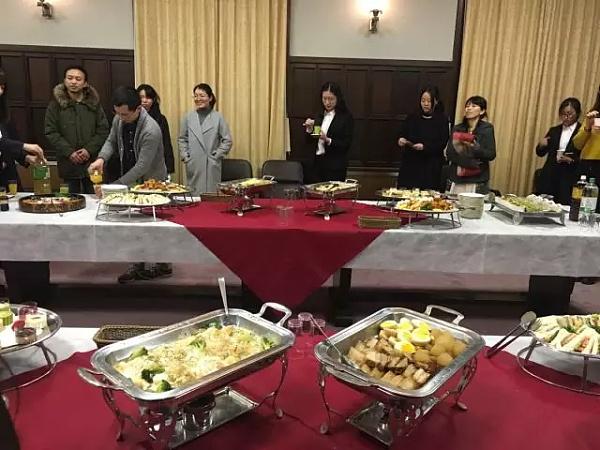 一桥大学为俱乐部成员准备的晚餐