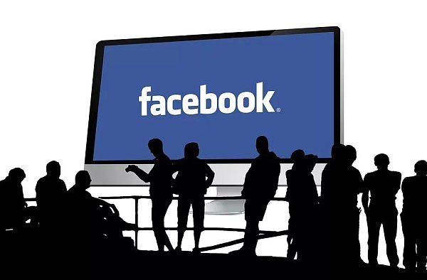"""脸书:开始""""重仓""""区块链"""