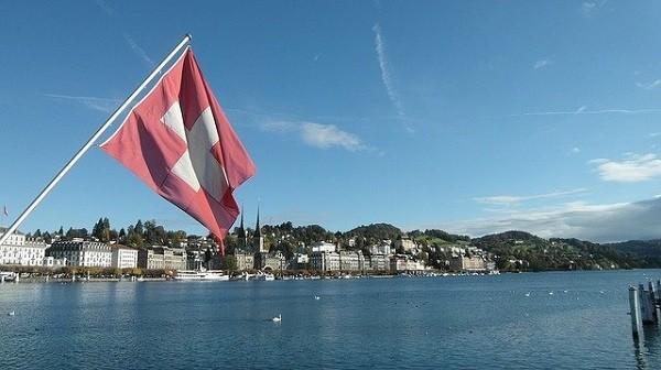 瑞士政府要求制定国家加密货币e-Franc的初步分析报告