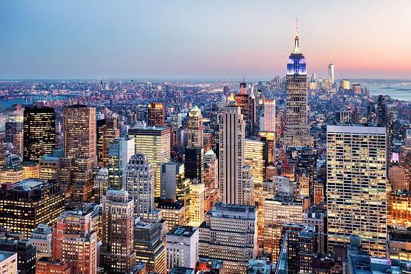 纽约金融服务局主管:目前需要尽最大努力来管理加密货币风险