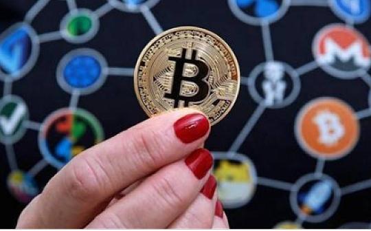 人民日报:有效应对虚拟货币衍生风险