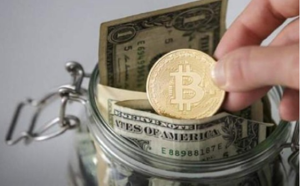 美国比特币挖矿公司股票年度涨幅远超比特币